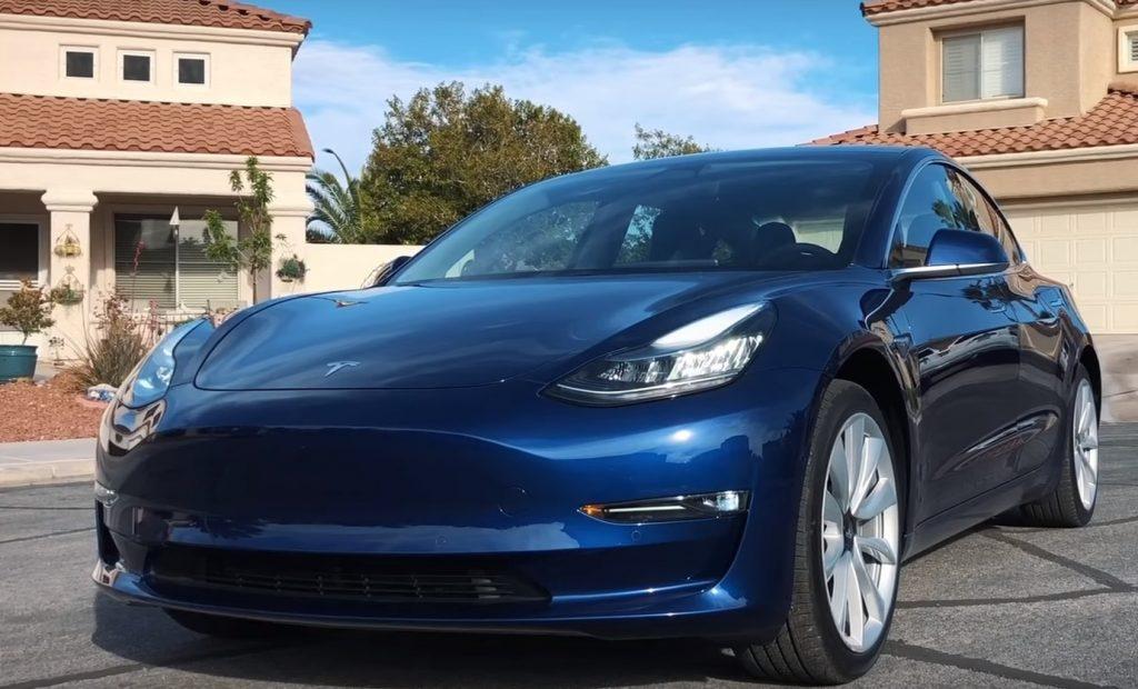 Többen mondják le Tesla Model 3 rendelésüket, mint ahány új megrendelés érkezik