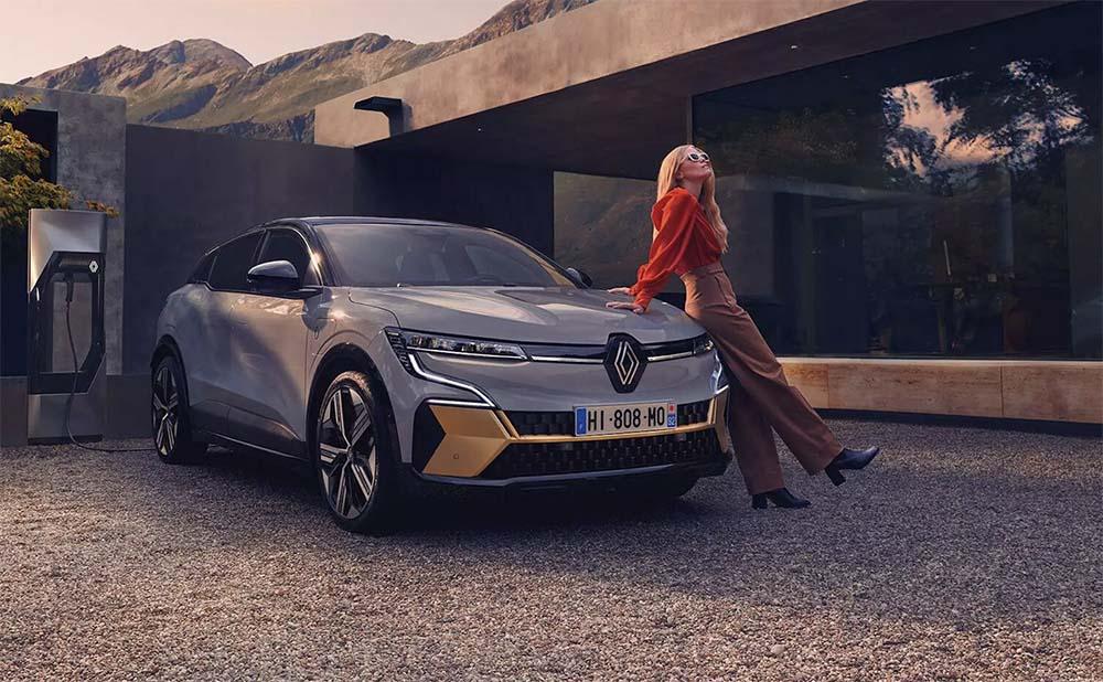 Benzines Megane-t szeretnél? Megszívtad! – Renault Megane E-TECH